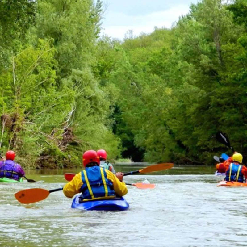 Soft rafting sul fiume ombrone